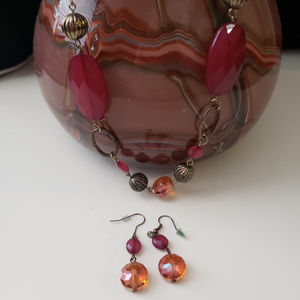 Jewelry - Maroon/antique gold long necklace/earring set